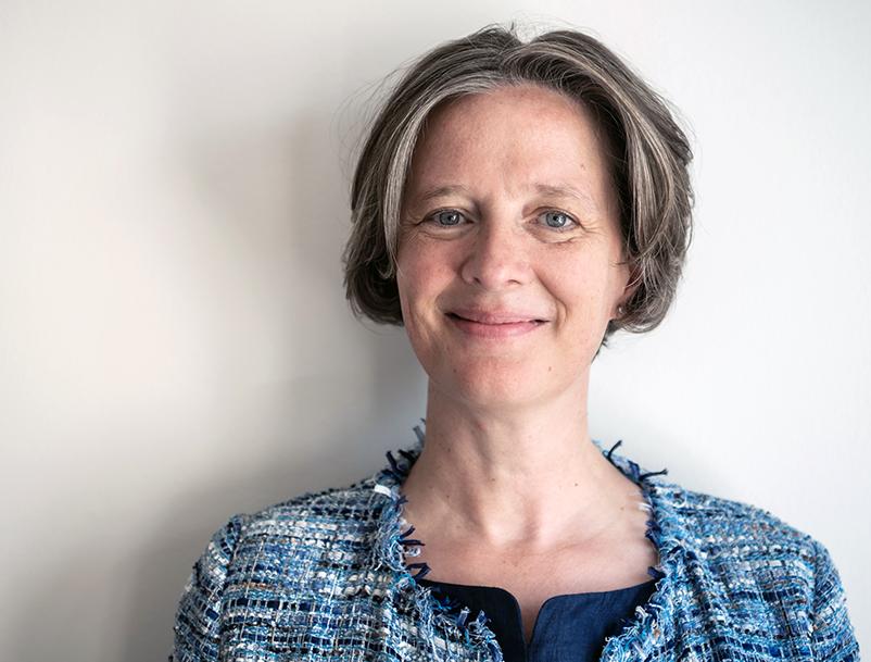 Portraitfoto von Ulrike Bentlage.