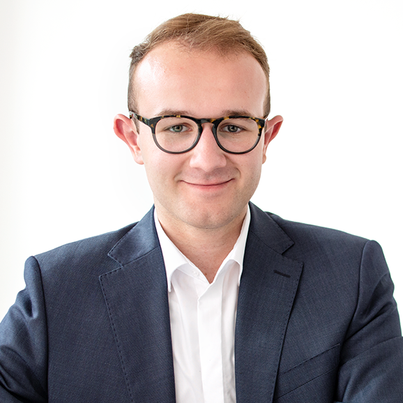 Interviewpartner Luca berichtet über seinen Studiengang Hospitality Management