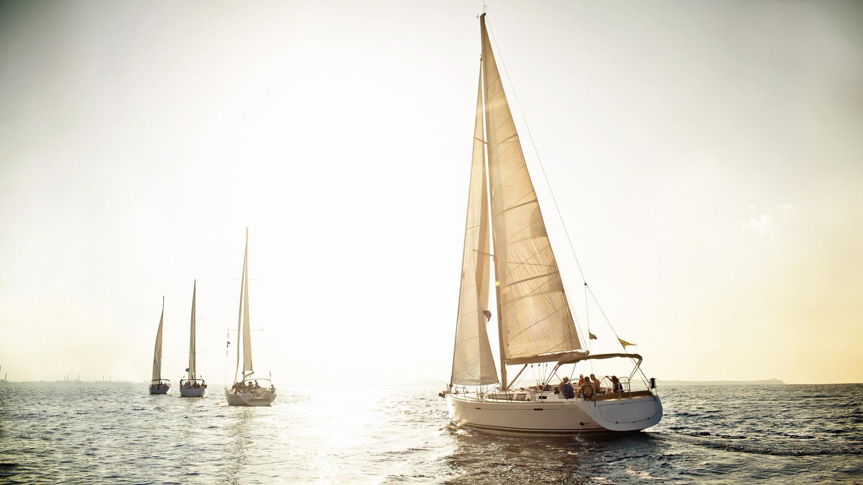 Volle Kraft voraus - Segelbote auf hoher See